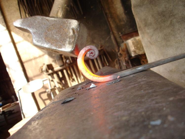 travail a la forge 086